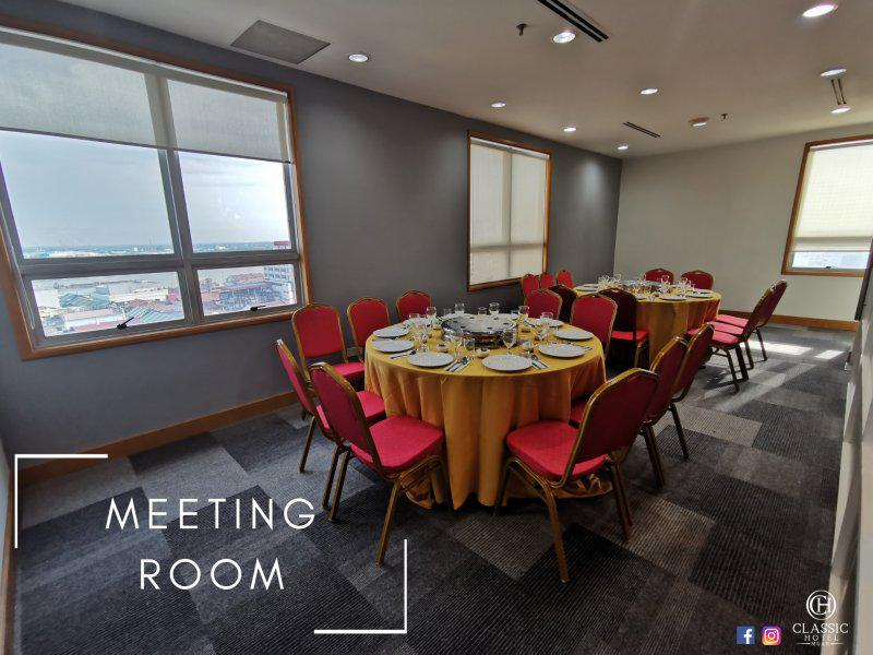 Classic Hotel Meeting Room